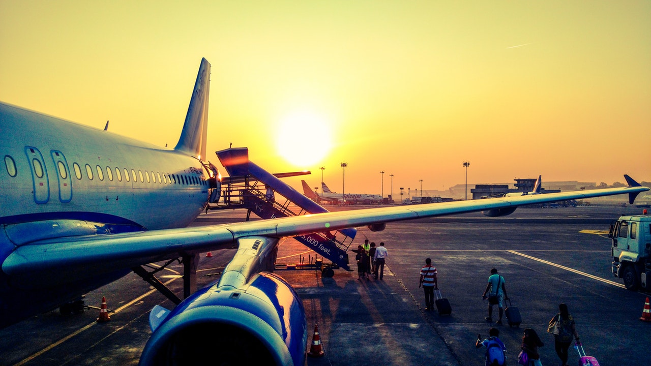 how to get cheaper flights for next holiday